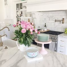 Pulled out my pastel dishes for Easter Sunday!! #springtime #easter #peonies…