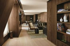 The international acclaimed architecture and interior design firm Yabu Pushelberg has completed the interiors for the Four Seasons New York Downtown. The top interior designers are applauded for the finest hotel projects around the world - Take a look at… Top Interior Designers, Modern Interior Design, Interior Architecture, Design Hotel, House Design, Boutique Hotels London, London Hotels, Edition Hotel, Yabu Pushelberg