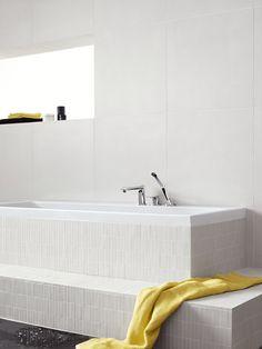 Modern design: hansgrohe Metris mixer for bath tubs