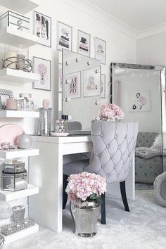 46 creative ways dream rooms for teens bedrooms small spaces 7 Cute Room Decor, Cute Bedroom Ideas, Girl Bedroom Designs, Teen Room Decor, Room Decor Bedroom, Mirror Bedroom, Pinterest Room Decor, Makeup Room Decor, Makeup Vanity Decor