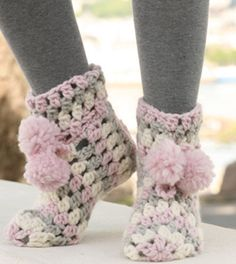 knitted & crocheted slipper boots (FREE patterns)
