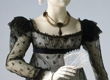 Great information on Regency gown construction.....