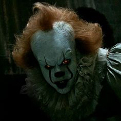 10 movies you absolutely must see this fall, from 'It' to 'Wonderstruck' Pennywise Film, Pennywise The Dancing Clown, Pennywise Poster, Evil Clowns, Scary Clowns, Scary Movies, Horror Movies, Tyrant Resident Evil, Bill Skarsgard Pennywise