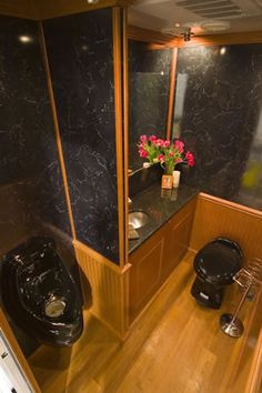 """Porta Lisa"" Luxury Wedding Portable Restroom Rental"