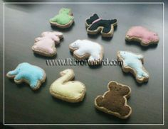 felt animal crackers tutorial and patterns from Lit'l Brown Bird's Passion