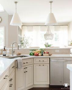 290 White Kitchens Ideas In 2021 White Kitchen Kitchen Remodel