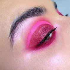 Pink, smokey and sparkling tutorial and products on my Insta story