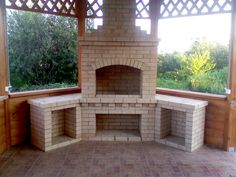 поселок Калюткино Outdoor Bbq Kitchen, Outdoor Kitchen Design, Outdoor Kitchens, Outdoor Fire, Outdoor Living, Outdoor Decor, Brick Grill, Outdoor Grill Station, Diy Wood Floors