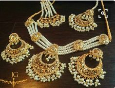 Bridal Jewelry A Wedding Tradition Indian Jewelry Sets, Indian Wedding Jewelry, India Jewelry, Bridal Jewelry Sets, Bridal Jewellery, Bridal Sets, Gold Jewellery, Diamond Jewelry, Pakistani Jewelry