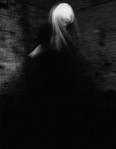 Strangely compelling, Model - Chrystal Copland Photography - Armin...