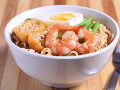 Ramen (nouilles japonaises) sautées aux crevettes - Recette de cuisine Marmiton : une recette