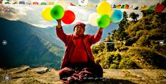BALLOONS OF BHUTAN: STORIES OF A NATIONS HAPPINESS by Jonathan Harris