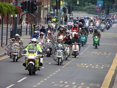 Lambretta Vespa - Leeds Crusaders Scooter Club Leeds City Rideout