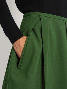 Модные Брюки, Новая Мода, Модные Наряды, Женская Мода, Джил Сандер, Мода Детали, Одежда Своими Руками, Декольте, Моделирование