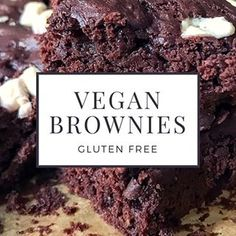 ☝️Link in bio☝️ • New on the blog • Delicious vegan rocky road gluten free brownies • • • • • #glutenfree #veganrecipes #glutenfreevegan #glutenfreerecipes #veganfood #veganfoodporn #veganfoodshare #allergyfriendly #allergyrecipes #healthyfood #healthyrecipes #yummy #delicious #comfortfood
