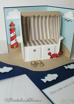 Einige erinnern sich vielleicht an die Explosionsbox mit dem Strandkorb. Am Wochenende durfte ich wieder eine fertigen. Da diese für einen Mann ist, habe ich farblich zu etwas kräftigeren Farben ge…