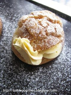 Have anyone heard of Beard Papa's cream puff before? Mm..mm.. NOT ME ! I've only seen it on the web site. And found out there's actually a...