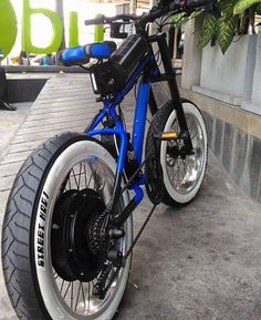 The best electric bikes and electric scooters you can buy right now Electric Bike Kits, Best Electric Bikes, Scooter Bike, Motorcycle Bike, Fat Bike, E Bike Battery, Lowrider Bicycle, Bicycle Lock, Motorized Bicycle