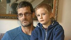 Menino de 5 anos falta a festinha de amigo e família recebe conta de R$ 63 http://bbc.in/1yBjbnM