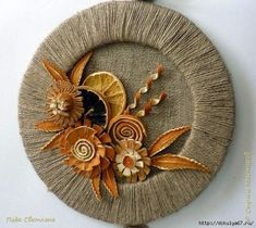 How to make decorative panel - Simple Craft Ideas Twine Crafts, Wreath Crafts, Decor Crafts, Hobbies And Crafts, Diy Arts And Crafts, Easy Crafts, Jute Flowers, Coffee Crafts, Decorative Panels