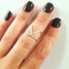 Venus Knuckle Ring