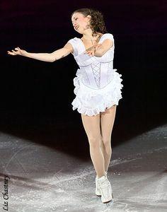 Laura Lepistö Roller Skating, Ice Skating, Figure Skating, Beautiful Athletes, Ice Dance, European Championships, Skating Dresses, Sexy Legs, Beauty Women