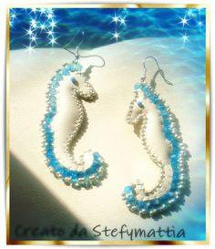 Orecchini cavallucci marini in ecopelle, biconi e perline