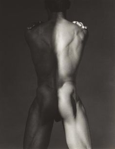 Robert Mapplethorpe: un grande autore del novecento Jean Michel Basquiat, Keith Haring, Nude Photography, Black And White Photography, Musée Rodin, Still Life Images, Art Of Man, Getty Museum, Grand Palais