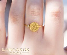 #diamond Gold Disc ring created for an eye catching appearance. Woman Real Diamond Gold Ring... Brought to life with flat and curved #jewellery shapes to express endless forms. #fine #geometric #opencircle #opensquare #openoval #kargakos #designer #athens #greece #jewelrymaker #goldsmith #fine #luxury #boutique #athens #syntagma #etsyfinds #forsale #shopping #favorite #trending #circle #disc #greekjewelry #goldyellow #trending2018 Gold Diamond Rings, Silver Diamonds, Natural Diamonds, Gold Rings, Greek Jewelry, Athens Greece, Modern Jewelry, Solid Gold, Jewelry Making