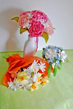 Paper Flowers Handmade Tutorials DIY : Gorgeous paper peonies and bunches of paper daisies