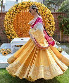 Presenting you latest Haldi Outfit ideas for Bride. From yellow haldi outfit to designer haldi outfit, we have got variety dresses. #shaadisaga #indianwedding #haldioutfitforbride #haldioutfitforbridelatest #haldioutfitforbrideunique #haldioutfitforbrideyellow #haldioutfitforbridesimple #haldioutfitforbridebest #haldioutfitforbridewhite #haldioutfitforbridesaree #haldioutfitforbridetrendy #haldilehenga #haldilehengayellow #haldilehengaforbride #haldilehengasimple #haldilehengadesigns #lehenga Bridal Mehndi Dresses, Bridal Outfits, Bridal Lehenga, Anarkali Frock, Desi Wedding Decor, Bridal Braids, Indian Bridal Hairstyles, Bridal Style, Flower Girl Dresses