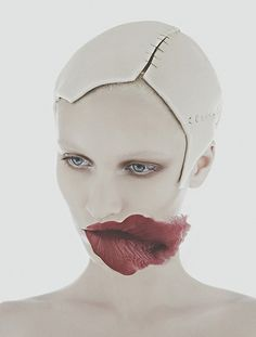 RHEA - head stitched on / identity assimilation photography by nhu xuan hua 7 creative career lessons learned at offset -http://maven46.com/lifestyle/2017/02/7-creative-career-lessons-learned-offset/