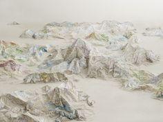Des massifs montagneux de cartes et des villes de livres - La boite verte
