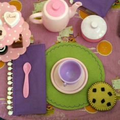 Make a tea party set - and the table cloth turns into a bag to tote the whole thing around!
