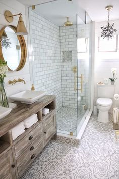 Beautiful master bathroom decor tips. Modern Farmhouse, Rustic Modern, Classic, light and airy master bathroom design suggestions. Bathroom makeover tips and master bathroom remodel some ideas. Grey Bathrooms, Beautiful Bathrooms, White Bathroom, Bathroom Marble, Master Bathrooms, Master Baths, Marble Tile Shower, Cement Bathroom, Small Rustic Bathrooms