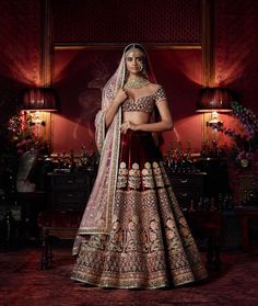 Check out Sabyasachi Bridal Lehenga designs collection that are perfect wedding lehenga for the bride to be. Look gorgeous in these elegantly crafted Sabyasachi Bridal lehengas. Sabyasachi Lehenga Bridal, Indian Bridal Lehenga, Indian Bridal Outfits, Indian Bridal Wear, Indian Dresses, Bridal Dresses, Sabhyasachi Lehenga, Heavy Lehenga, Eid Dresses