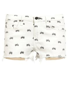Can't live without these motorcycle print shorts #ragandbone #coachella