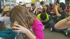 All this month, kids are taking virtual reality tours of famous places around the world using what's called a Google Cardboard, Angela Davis reports. WCCO 4 News at 5 – March 15, 2016