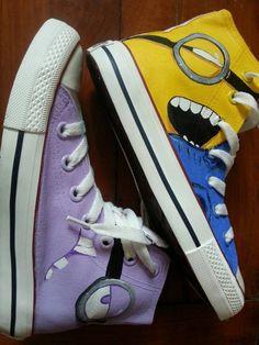 #minion shoes minion sneakers custom minion sneakers Awesome Converse Shoes, Cute Converse, Minion Dress, Minion Shoes, Nike Fashion, Sneakers Fashion, Fashion Shoes, Runway Fashion, Fashion Trends