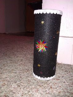 4th of July handmade candle made from a Pringles can
