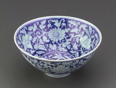 Bowl with design in reserve, 1426-1435, Ming dynasty, Xuande reign. Porcelain with cobalt under colorless glaze. H: 8.7 W: 18.7 cm.  Smithsonian Institution