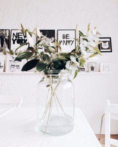 Home & Decor House Front Design, Apartment Living, Apartment Goals, Interior Decorating, Interior Design, Dream Decor, Picture Wall, Boho Decor, Interior And Exterior