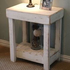 Rustic End Table/Night Stand Bedroom End Tables, Living Room End Tables, Bedroom Night Stands, Dining Room, Rustic End Tables, Diy End Tables, Side Tables, Diy Furniture Easy, Rustic Furniture