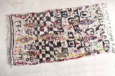 DREAM VISUALIZATION TECHNIQUES 9'x5' Boucherouite Rug. Tapis Moroccan. Teppich Berber. Mid Century Modern Danish Design Compliment.
