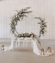 Loving this sweetheart table setup from last week.-Loving this sweetheart table setup from last week. bridaltable Loving this sweetheart table setup from last week. Bridal Table, Wedding Table Flowers, Wedding Table Centerpieces, Floral Wedding, Sweet Heart Table Wedding, Boho Wedding, Flower Table Decorations, Decoration Table, Wedding Decorations