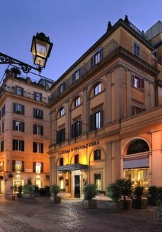 Rome City Centre, Rome Hotels, Hotel Reviews, Night Life, Trip Advisor, Places To Go, Exterior, Mansions, House Styles