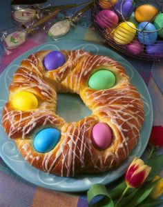 I found this recipe for Easter Egg Nest, on Breadworld.com. You've got to check it out!