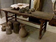 Cninese houten tafel, te koop bij briekantiek.nl