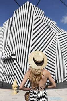 Wynwood WAlls // Stripes in Miami - Atlantic-Pacific