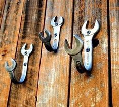 These would be cute in a little boys room! Good idea for old tools.